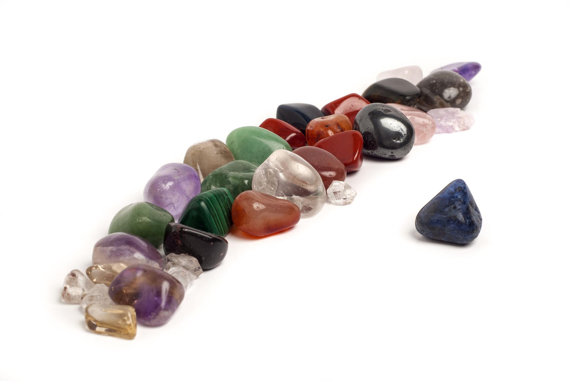 Feng Shui Kristalle - die Kraft und die Heilkräfte der Kristalle ...